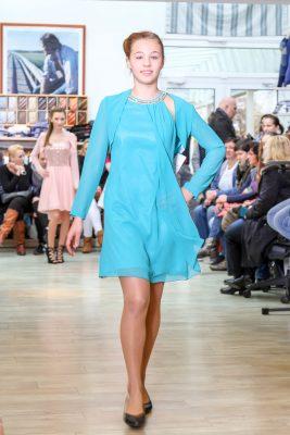 Kleid zur Jugendweihe - DAGIS Schönebeck